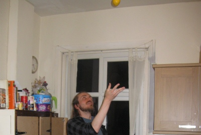 I'm throwing a lemon to measure the time (seriously)